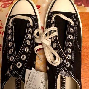 NWT black Converse